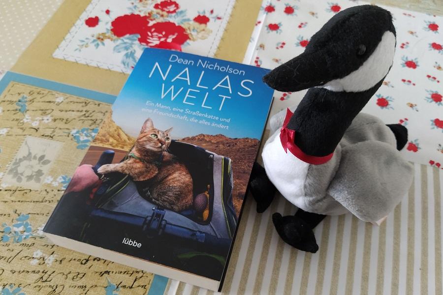 """Wandergans und das Buch """"Nalas Welt"""""""